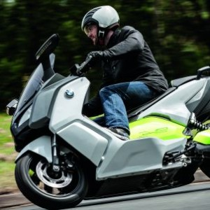 c-evolution moto electrica bmw 01