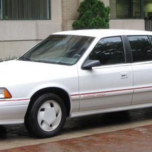 Cinco tonos blancos de coche copan las reparaciones en España